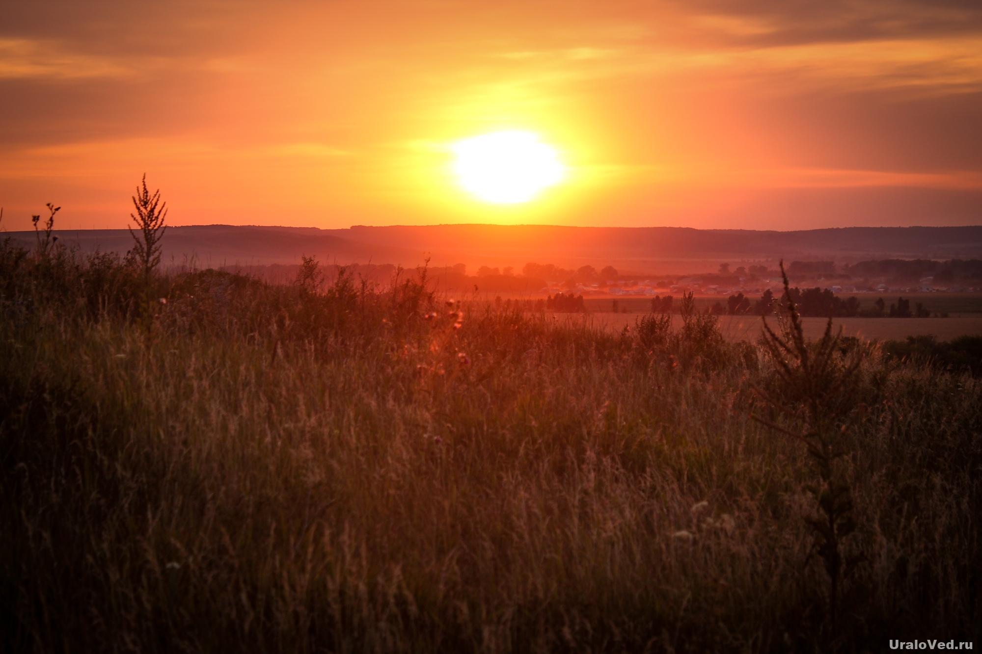 Закат около Нарыстау