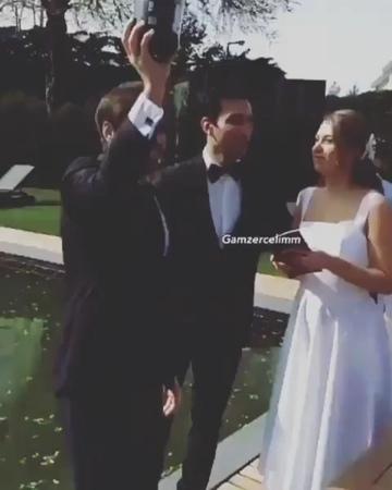 GÜNLÜK MAGAZİN on Instagram Gamze Erçel nişanlısı Caner Yıldırım ile dünya evine girdi Yakın dostlarının katıldığı sade törende Murat Dalkılıç