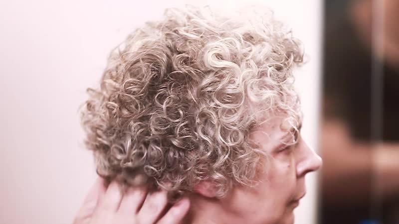 Завивка седых волос
