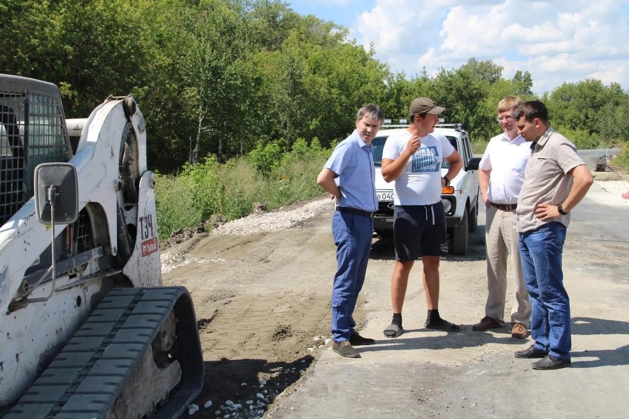 Сегодня в Петровском районе работал депутат областной Думы Вадим Рогожин