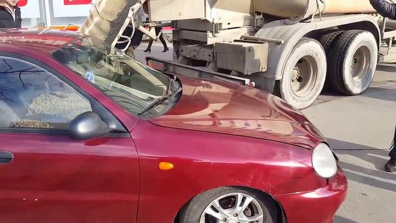 Полная версия Залил бетон в салон машины жены Poured concrete into the interior of the car wife