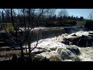 Искусственный водопад на реке Постолка.mp4