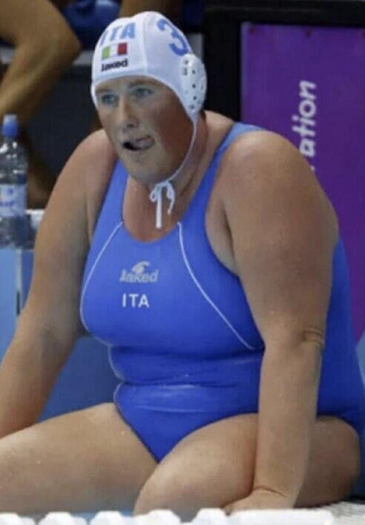 сих пор фото капитана сборной италии по водному поло штабеля