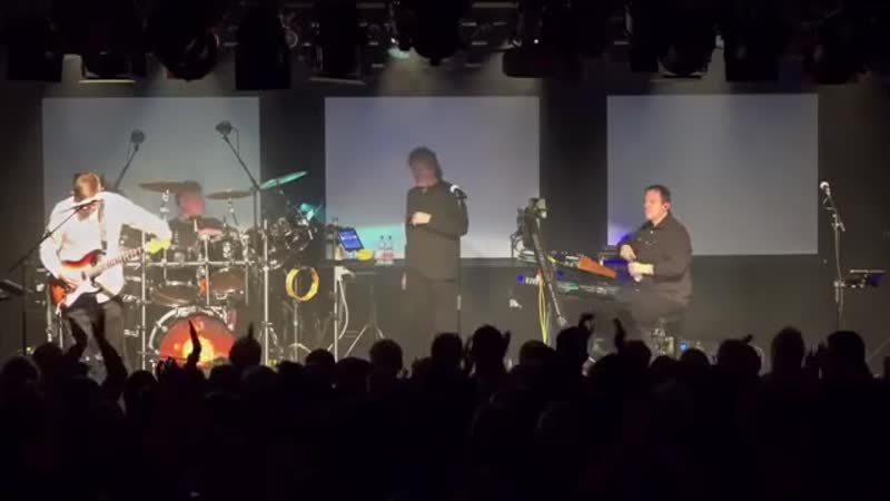 IQ A Show Of Resistance Live At The Colos Saal Aschaffenburg Germany