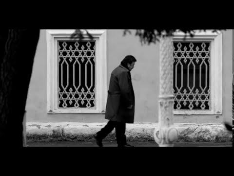 Selami Şahin ft Burcu Güneş Ben Bir Tek Kadın Adam Sevdim Official Video