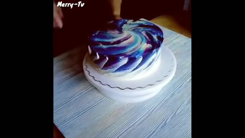 Посмотрите на украшения для тортиков
