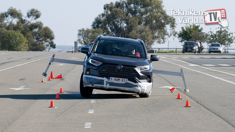 Toyota RAV4 handles the moose test after an update