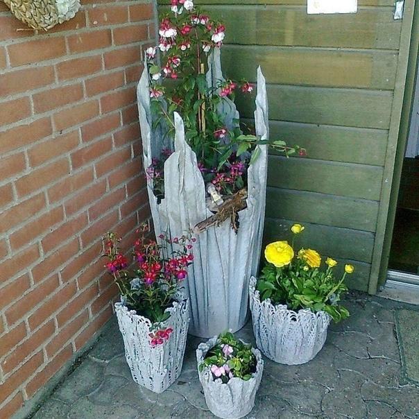 ОНА ЗАМОЧИЛА ПОЛОТЕНЦЕ В ЦЕМЕНТЕ ВЫ ТОЛЬКО ПОСМОТРИТЕ ЧТО ПОЛУЧИЛОСЬ! Цветочный сезон открыт. Поэтому пора запасаться свежими идеями и украшать свой двор оригинальными вещами!Такой вазон для