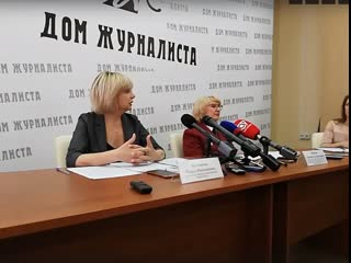 Брифинг по мерам защиты жителей Омской области от коронавируса