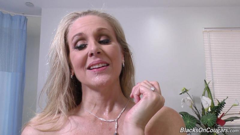 Julia Ann (17 02 20) 2017 New HD Porno, 1 on 1, Big Tits, Blonde, MILF, Facial, Interracial,
