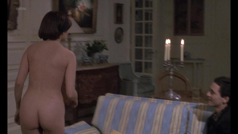 Marie Trintignant Nude Betty ( FR 1992)