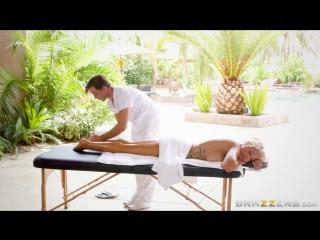 красивая блондинка эротический массаж секс порно эротика Bridgette B [Порно и Секс 18]]