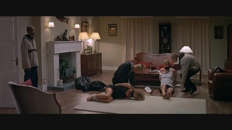 Бандиты связали мужа и трахнули жену (изнасилование в кино, принуждают сосать хуи, заставляют брать в рот, трахают по очереди)