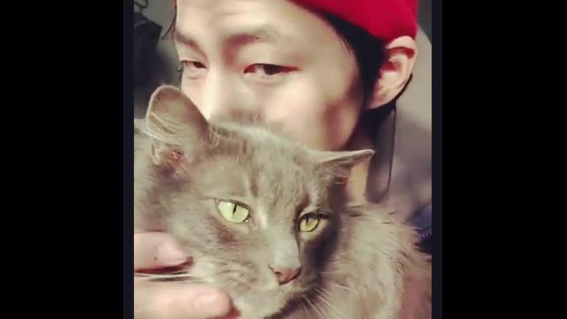 20190414 Song Jae Rim instagram (with Leon)