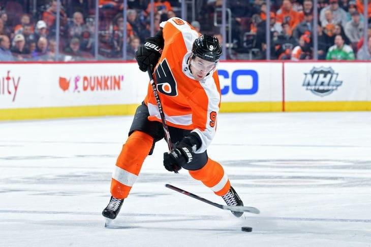 Через пару недель стартует новый сезон НХЛ но два десятка топовых свободных игроков все еще не подписали контракты