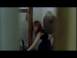 Парень увидел как его девушка занимается жёстким сексом