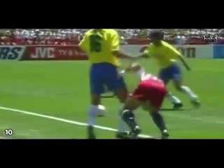 Топ-20 самых жестких и жестоких действий футболистов