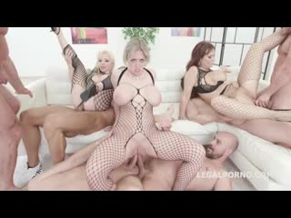 Syren De Mer, Dee Williams, Barbie Sins - Outnumbered both way Pee Edition 2, group sex orgy anal porno