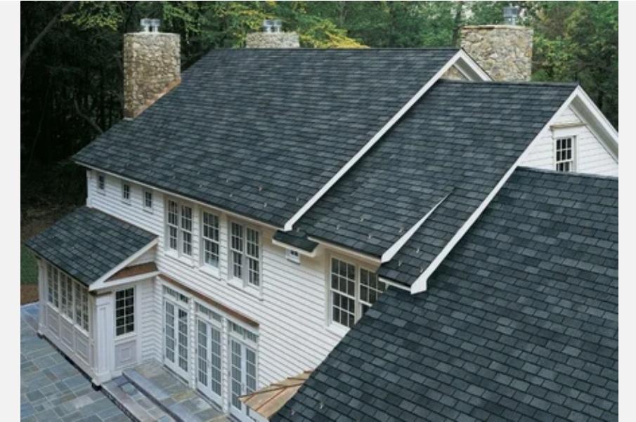 Крыша дома укрыта мягкой кровлей