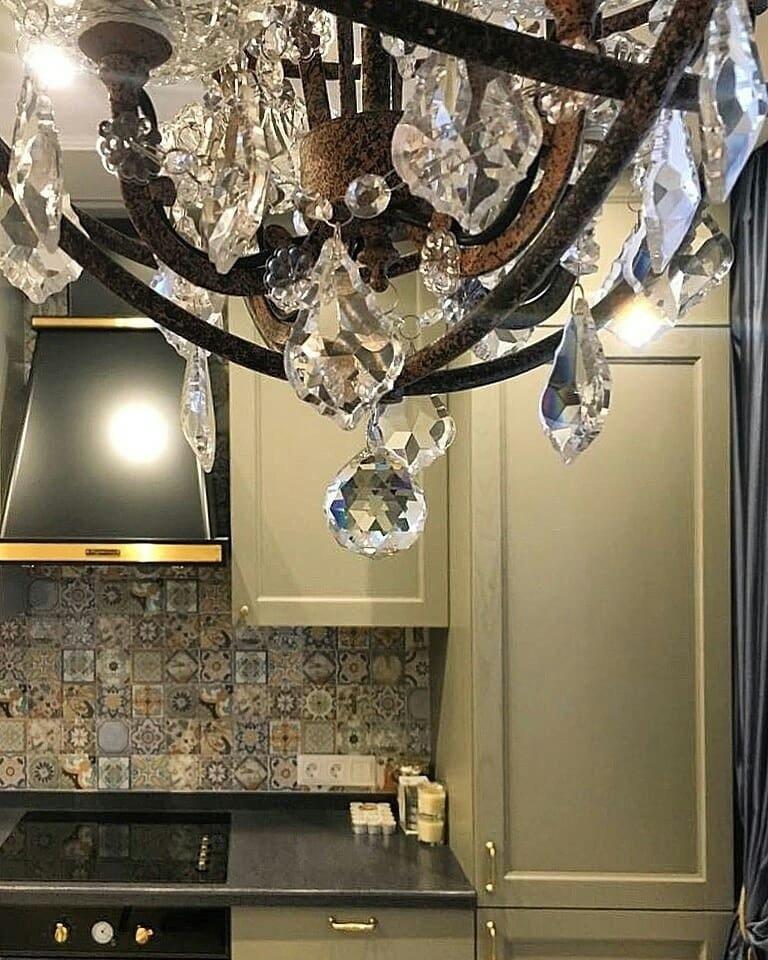 Классная стильная кухня с красивой цветовой гаммой