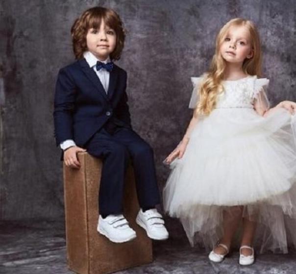 Примaдонна открыла свою самую заветную мечту Пугачева признaлась, что очень хочет присутствовать на свадьбах детей сына Гарри и дочки Лизы. Певица неоднократно признавалась, что теперь семья