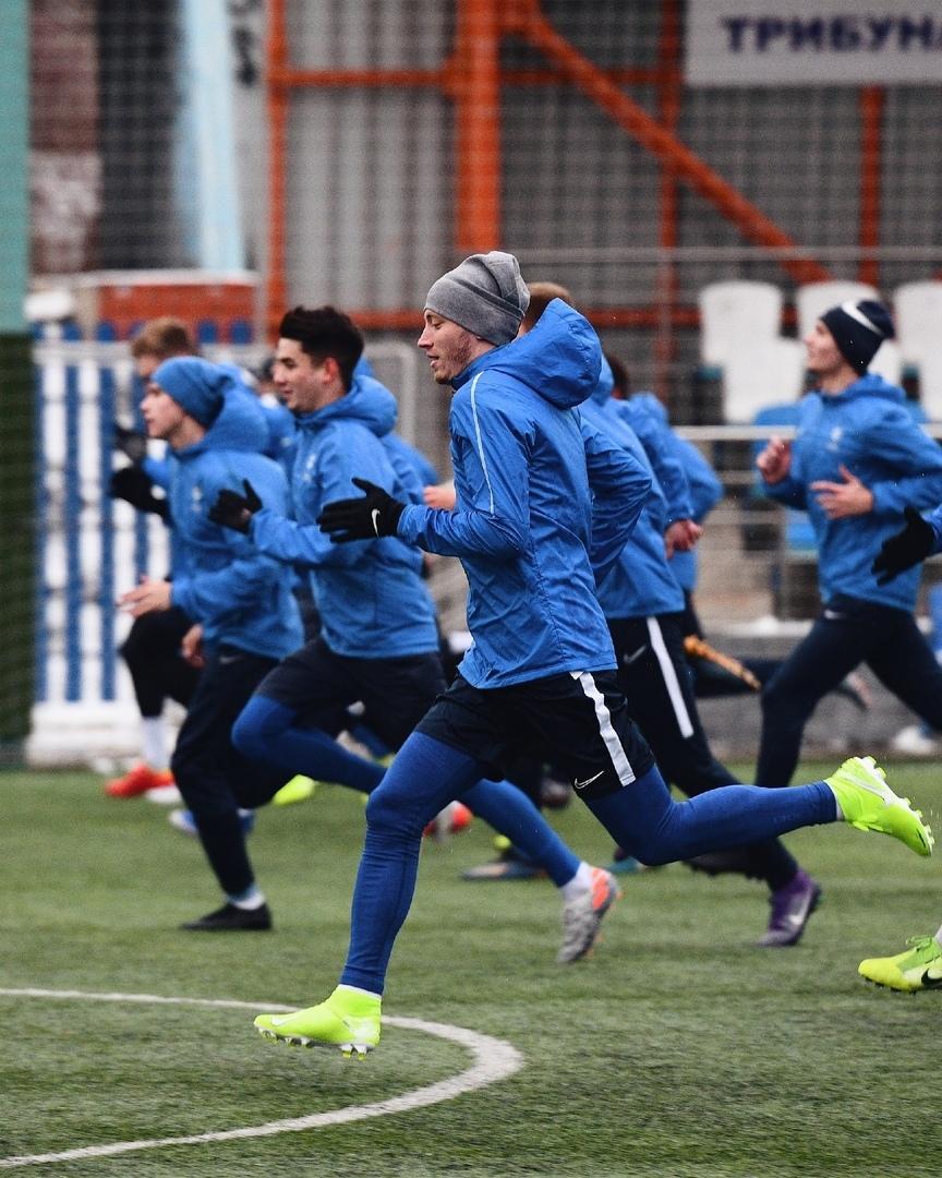 СегоднЯ играет футбол милан 2008г 23ноЯбрЯ11