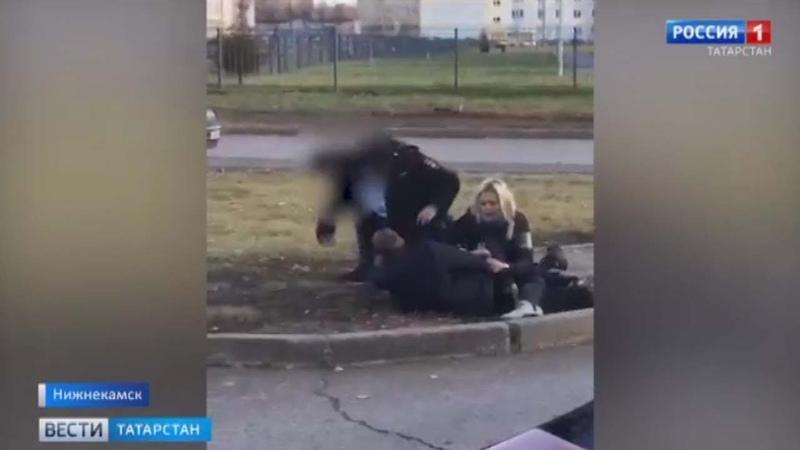 В Нижнекамске подростки напали на полицейских