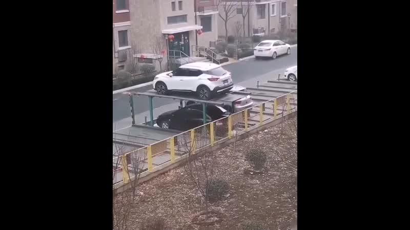 По одному на машину организованная парковка
