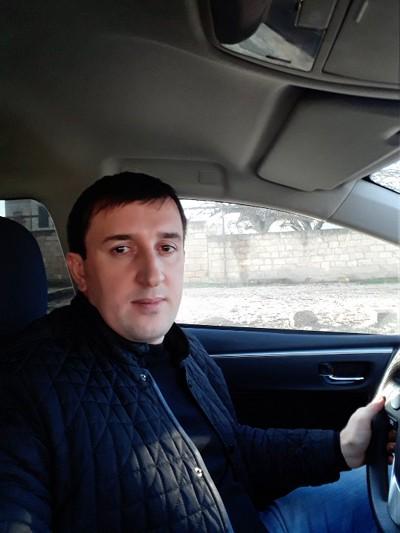 Zamir, 35, Derbent
