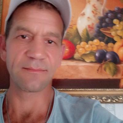 Андрей, 43, Kambarka