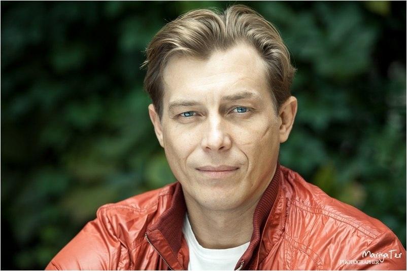 Сегодня 45 - летний юбилей отмечает Бухаров Александр Сергеевич.