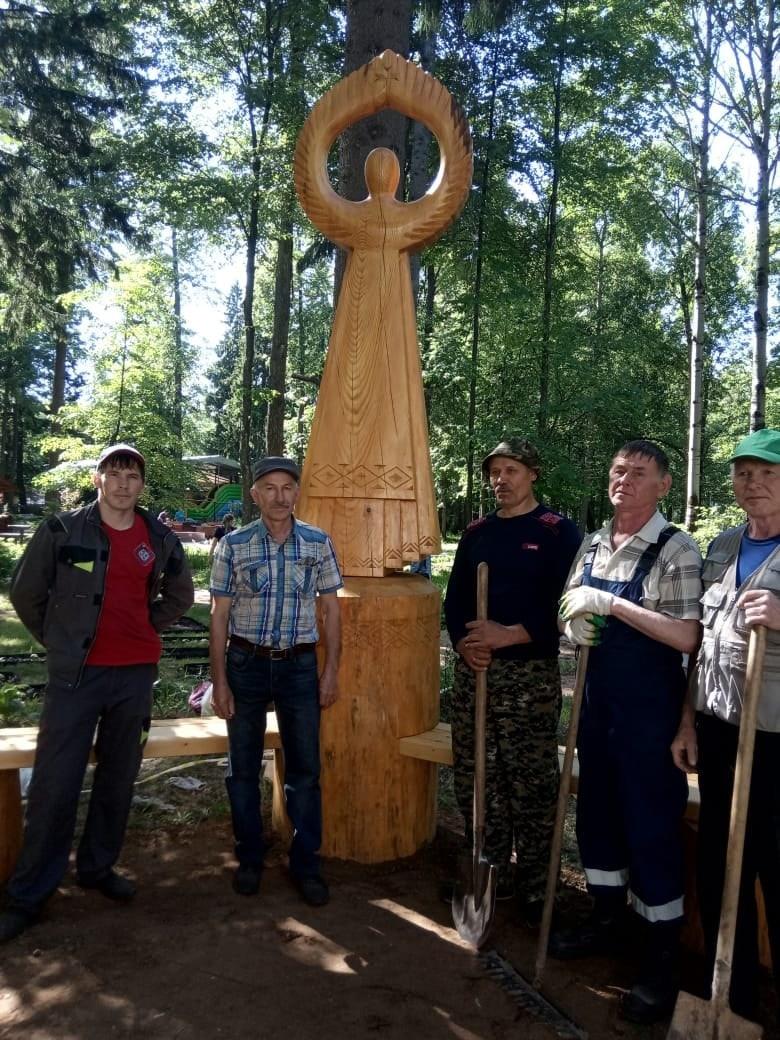 В ижевском Парке космонавтов появилась скульптура, которую