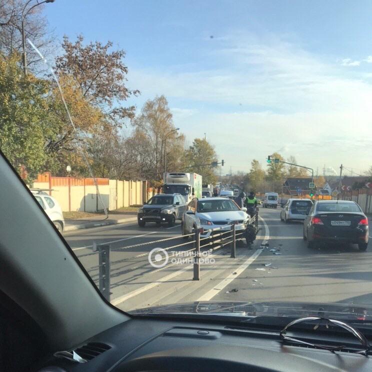 Троссовый отбойник сумел остановить автомобиль каршеринга от