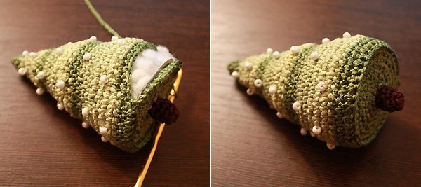 Вязаная елочка  Материалы: -остатки ниток, сочетающихся по цвету. Мы взяли зеленые...