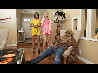 Kylie Rocket, Lily Larimar - Step Brothers Trick And Treat (Threesome, Teen, Blowjob, Blonde, Brunette, Natural TIts, All Sex)