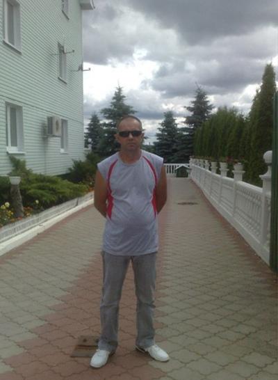 Oleg, 59, Lyepyel'