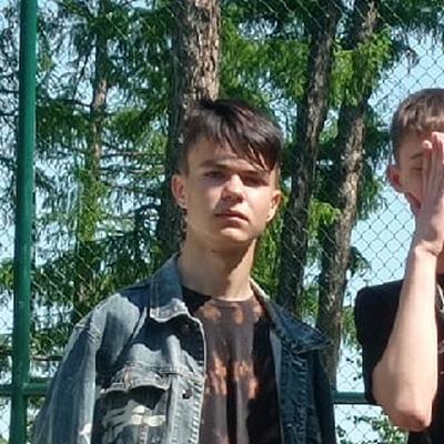 Данил, 19, Samara