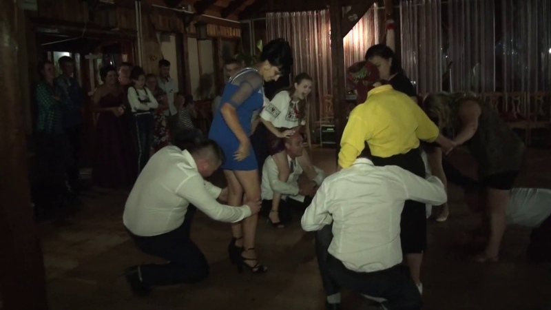 конкурс весільний 0680595280 відеооператор на весілля в ресторані Чарівна Лоза Калуш в селі Вістова