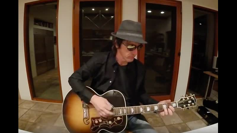 Izzy Stradlin Guns N Roses Stuck in the Middle Wish You Stealers Wheel Acoustic cover