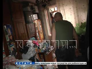 Война Плюшкина - один брат превращает квартиру в помойку, а другой пытается ее расчистить