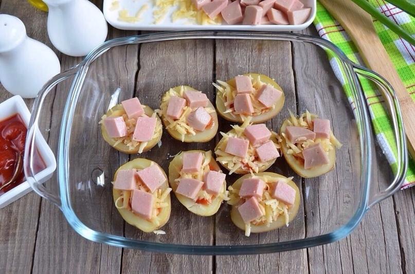 Пицца в картофельных лодочках, изображение №6